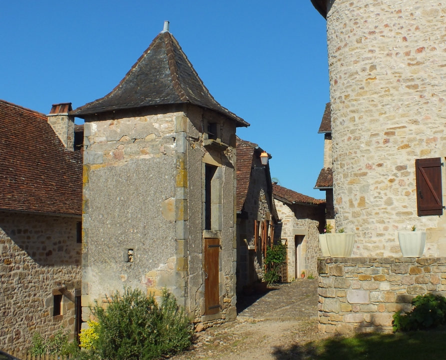 Pigeonniers & Colombiers - Capdenac - Le pigeonnier de la Place Lucter (Capdenac-le-Haut) -
