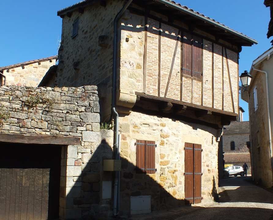 Demeures & manoirs - Capdenac - Belles demeures (Rue de la Commanderie) -