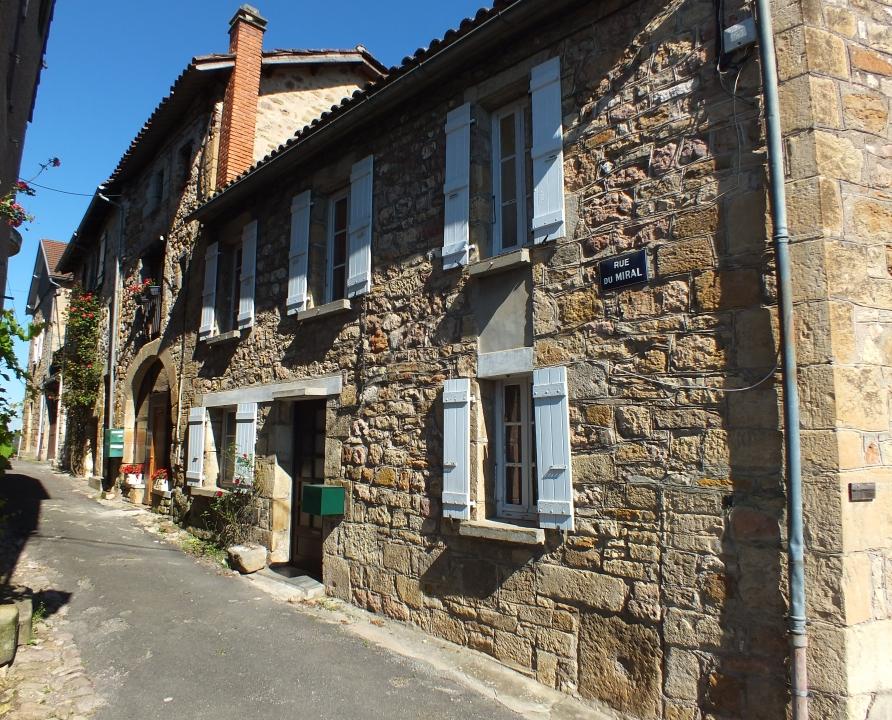 Demeures & manoirs - Capdenac - Belles demeures (Capdenac-le-Haut - Rue du Miral) -