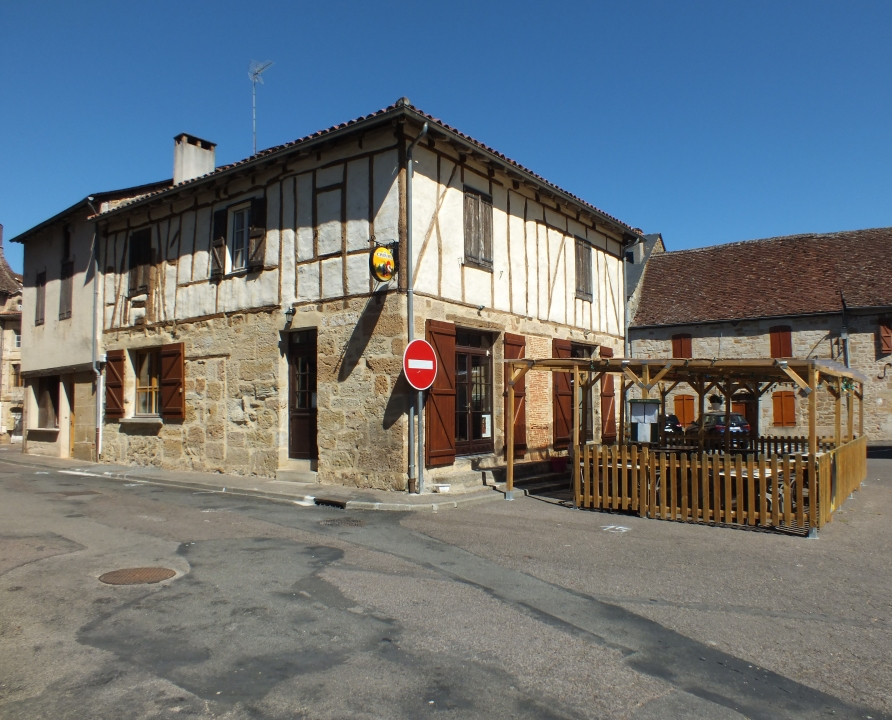 Demeures & manoirs - Lacapelle-Marival - Belles demeures (Place du Fort) -