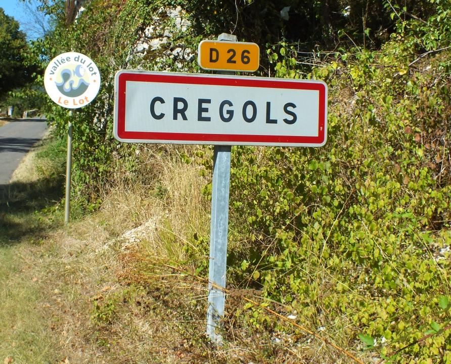 Communes - Crégols - - Panneau du village de Crégols