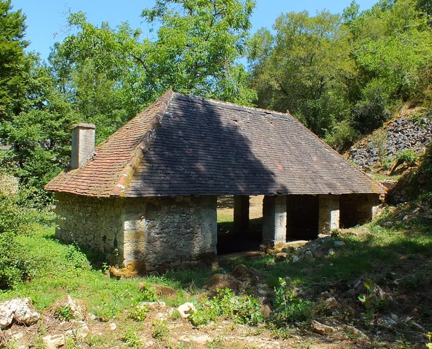Lavoirs - Calvignac - Lavoir du Ruisseau -