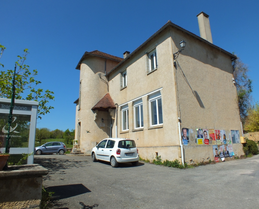 Mairies - Issepts - Mairie (bourg) -