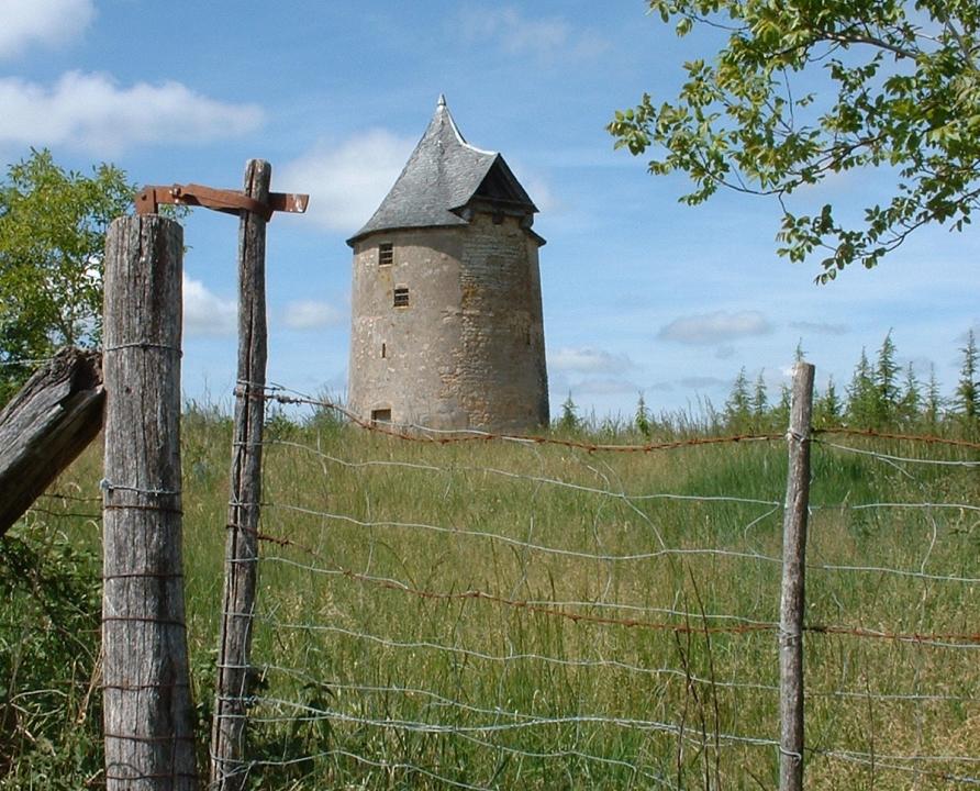 Moulin à vent - Laramière - Moulin à vent de Laramière -