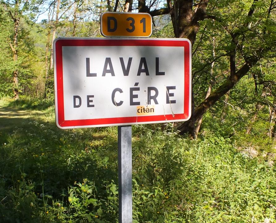 Communes - Laval de Cère - - Panneau du village de Laval de Cère