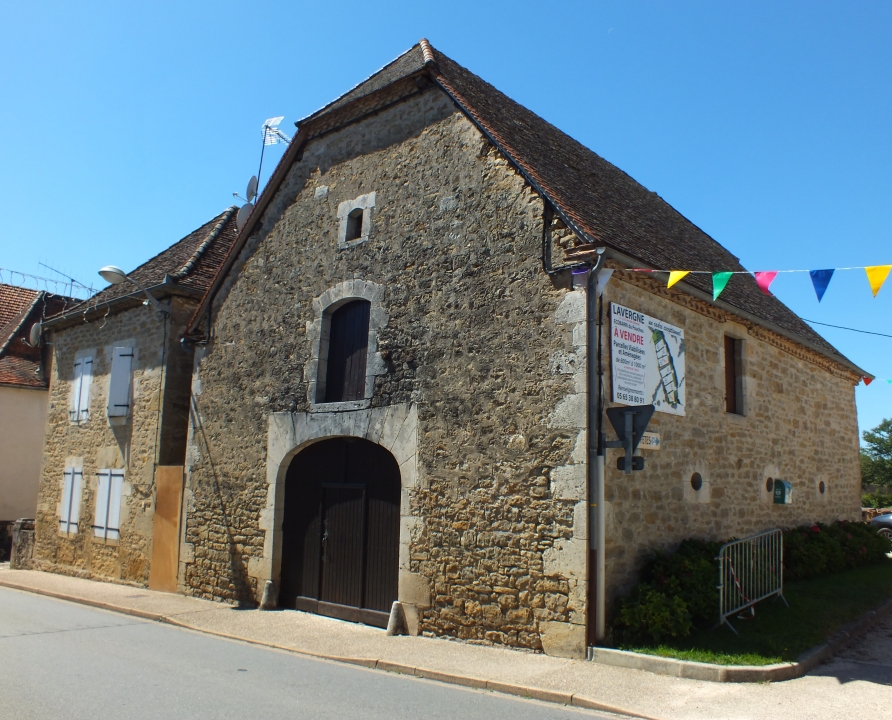 Granges & Fermes - Lavergne - Belles granges (bourg) -
