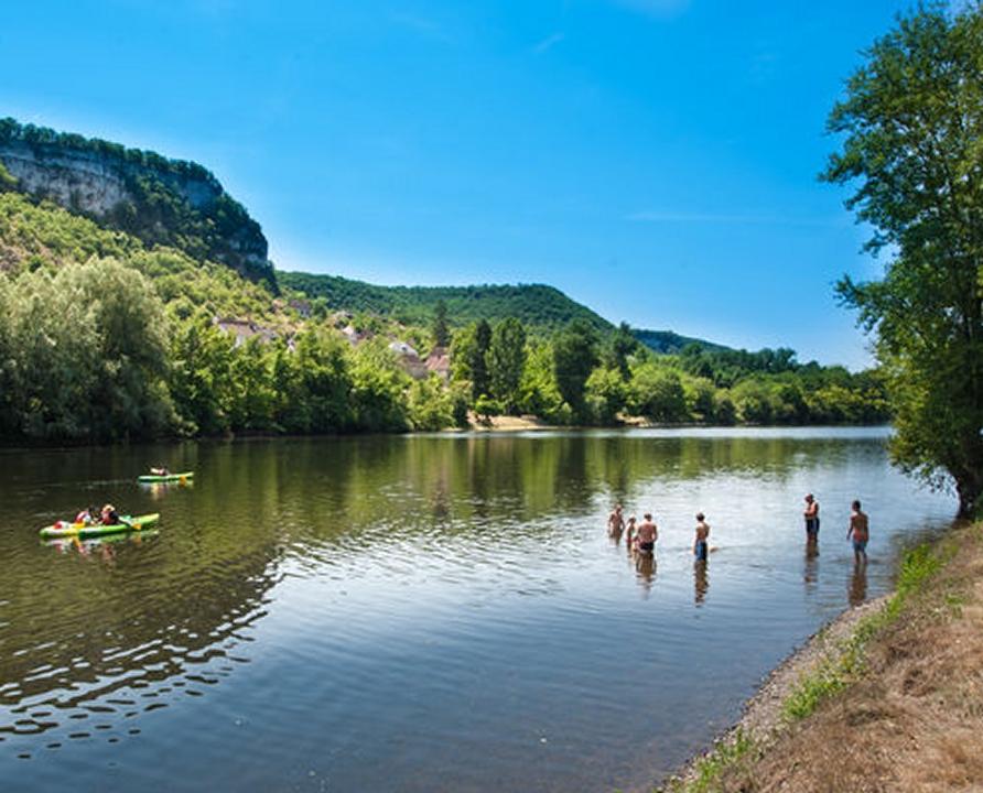 """Baignade en eau douce - Vayrac - """"Les granges"""" sur la Dordogne -"""