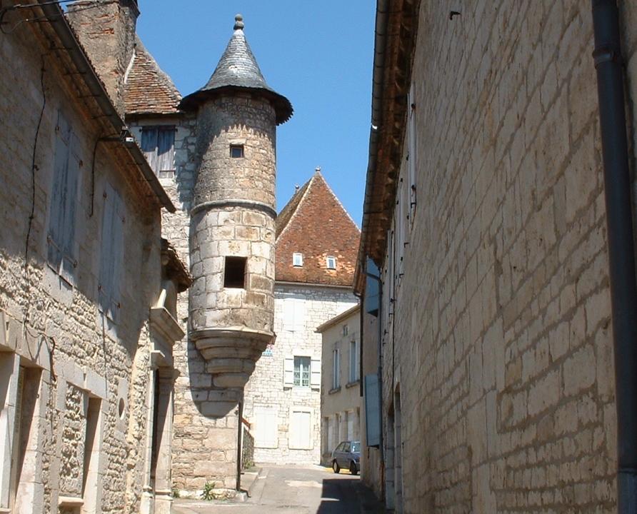 Demeures & Manoirs - Gramat - Belle demeure avec échaugette (Rue Saint-Roch) -