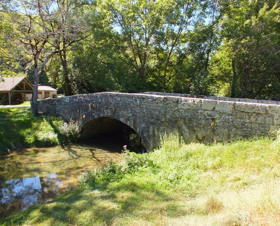 Ponts & Viaducs - Saint-Ponts & Viaducs - Saint-Martin-de-Vers (Les-Pechs-du-Vers) - Pont du Barry - Martin-de-Vers (Les-Pechs-du-Vers) - Pont routier (bourg) -