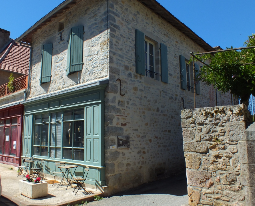 Commerces - Saint-Martin-Labouval - Joli magasin (bourg) -