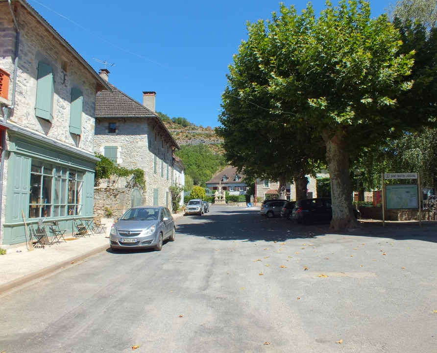 Rues & Ruelles - Saint-Martin-Labouval - Dans les rues du bourg -