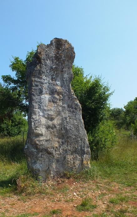 LOT'refois - Photo 2013 - Livernon - Menhir de Bélinac