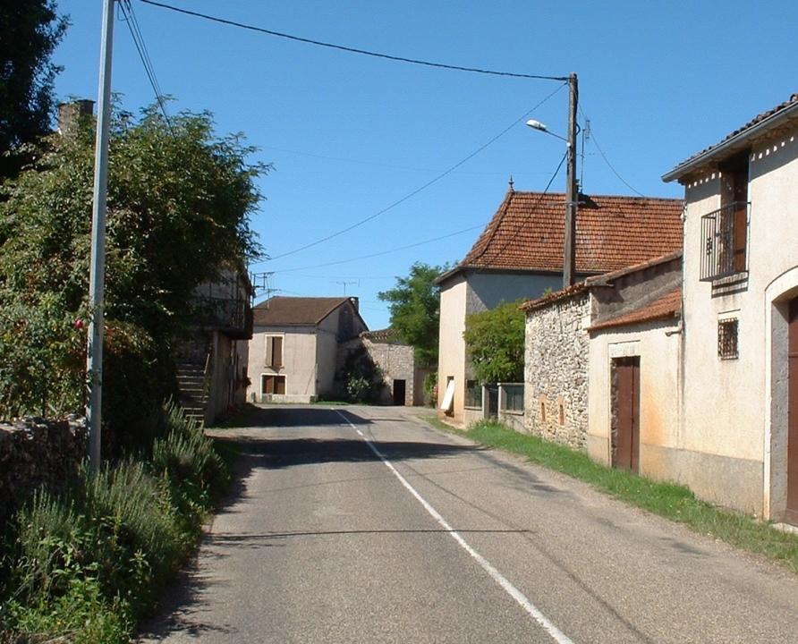 Rues & Ruelles - Bach - Dans les rues du bourg -