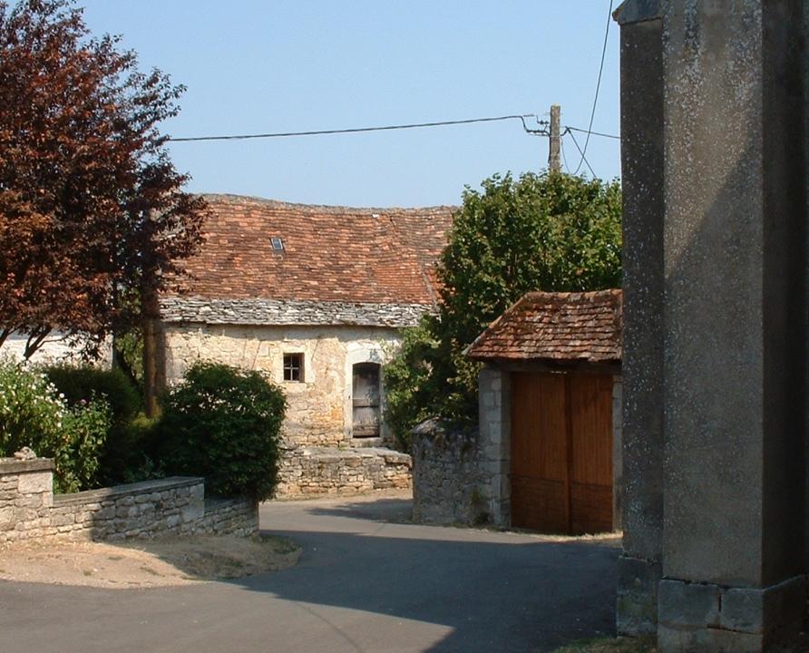 Rues & Ruelles - Beaumat (Cœur de Causse) - Dans les rues du bourg -