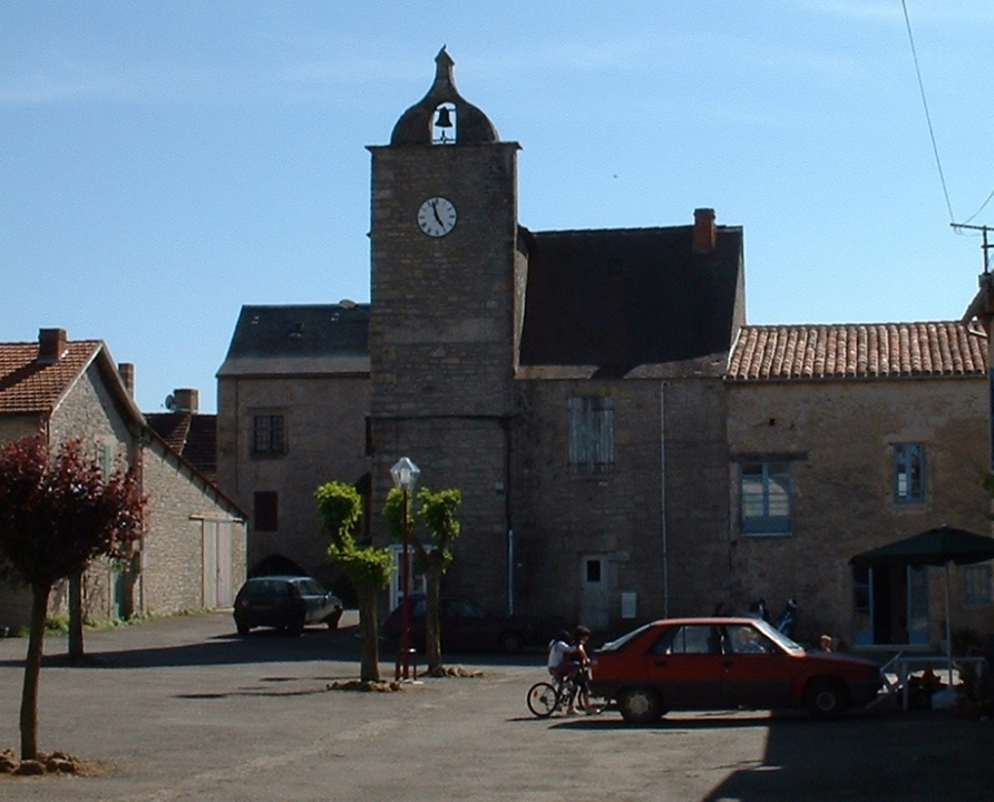 Châteaux & Fortifications - Beauregard - Beffroi (bourg) -