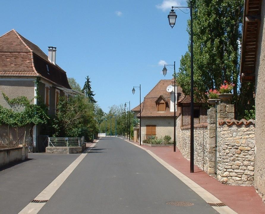 Rues & Ruelles - Biars-sur-Cere - Dans les rues du bourg -