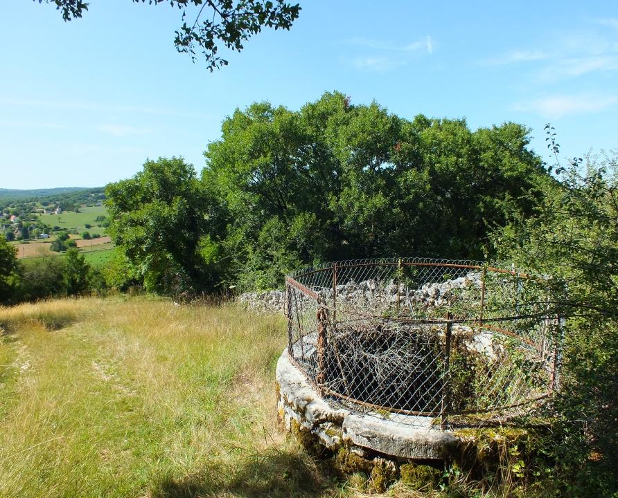 Fontaines & Puits - Blars - La fontaine des Pergues -