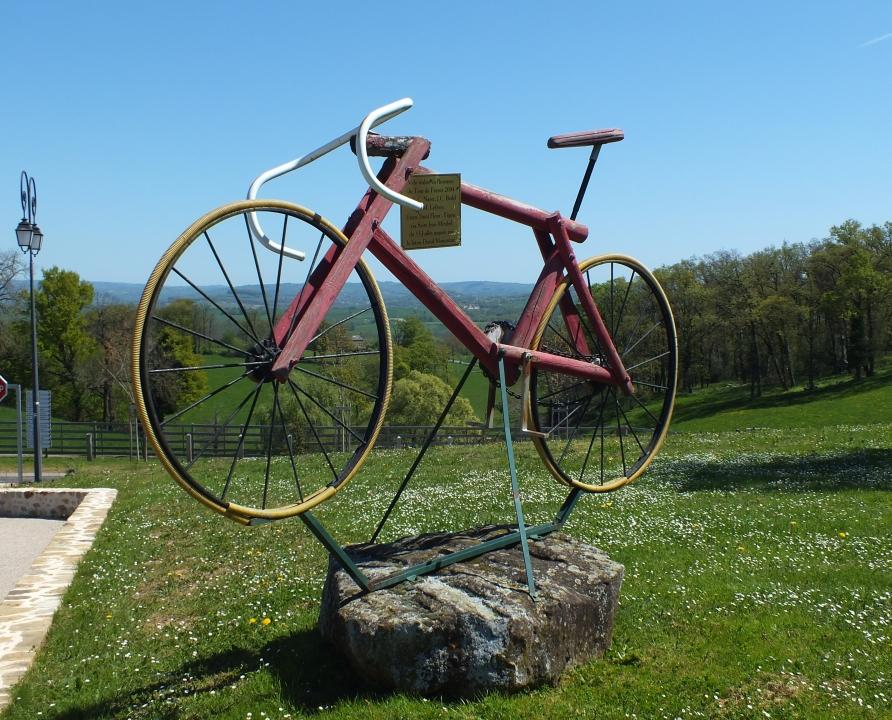 Monuments - Saint-Jean-Mirabel - Vélo en bois -