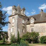 Cénevières. Un château Renaissance veillant sur le Lot