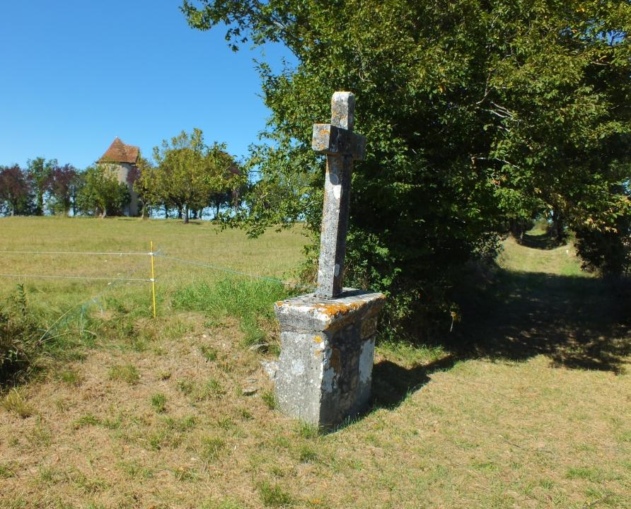Croix de Chemin & Calvaires - Soulomès - Croix de chemin -