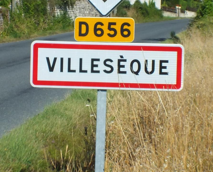 Communes - Villesèque - - Panneau du village de Villesèque
