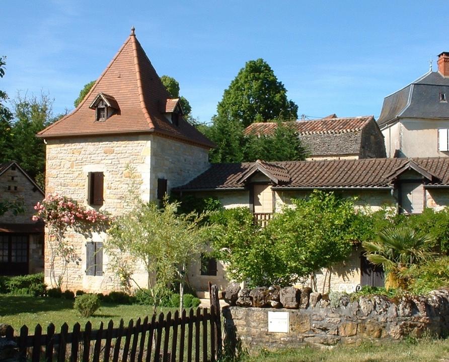 Demeures & Manoirs - Saillac - Belles demeures (bourg) -