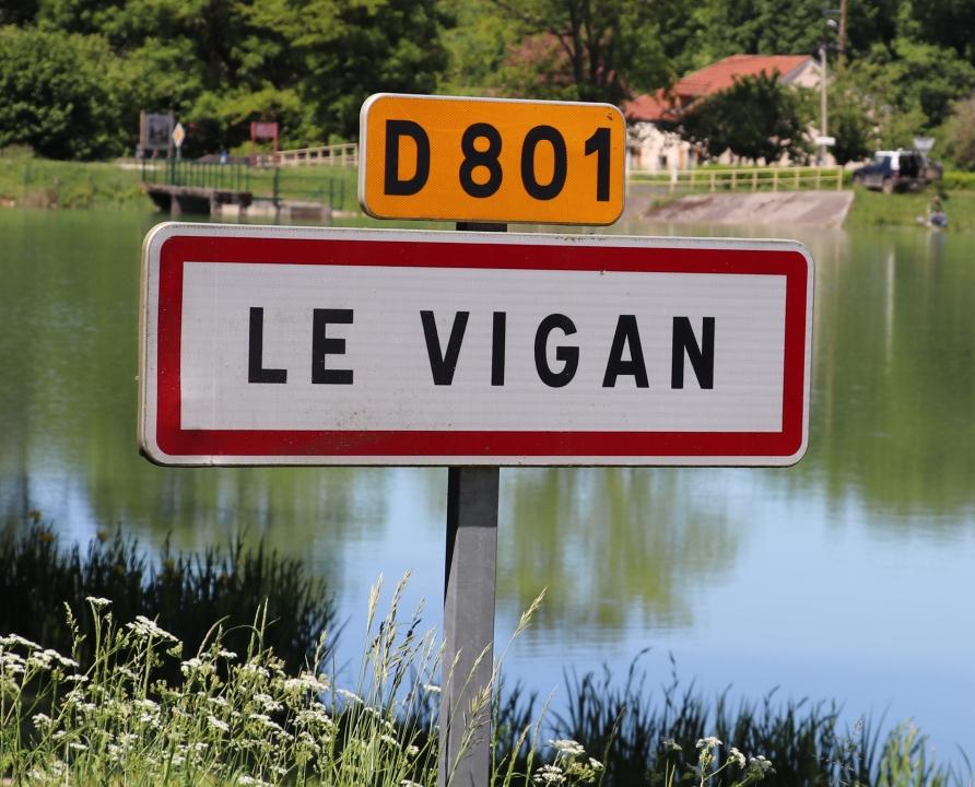Communes - Le Vigan - - Panneau du village de Le Vigan