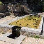 Nuzéjouls. La fontaine de l'Hermitage