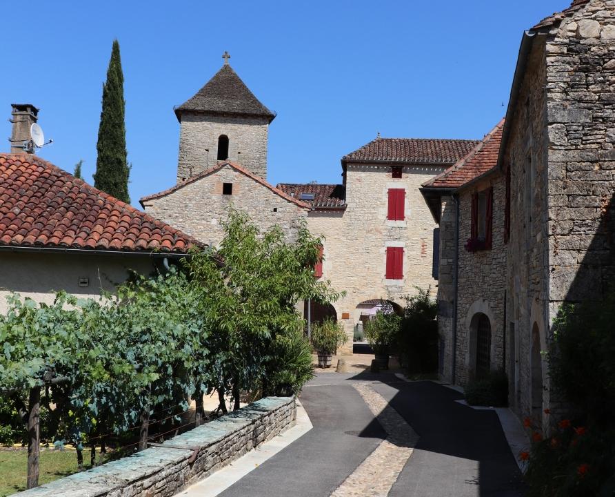 Rues & Ruelles - Nuzéjouls - Dans les rues du bourg -