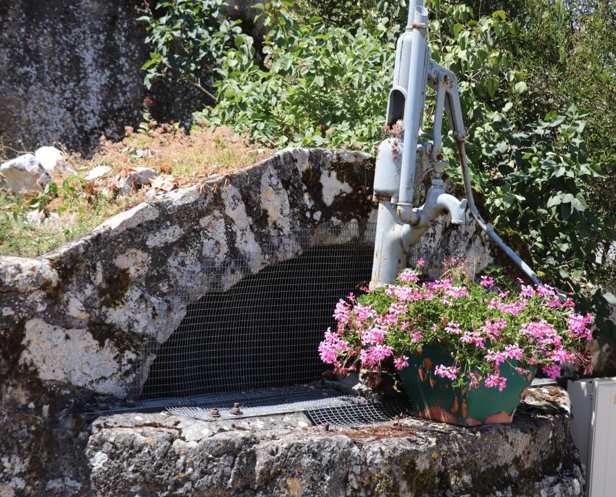 Fontaines & Puits - Saint-Vincent-Rive d'Olt - Puits (Roques) -