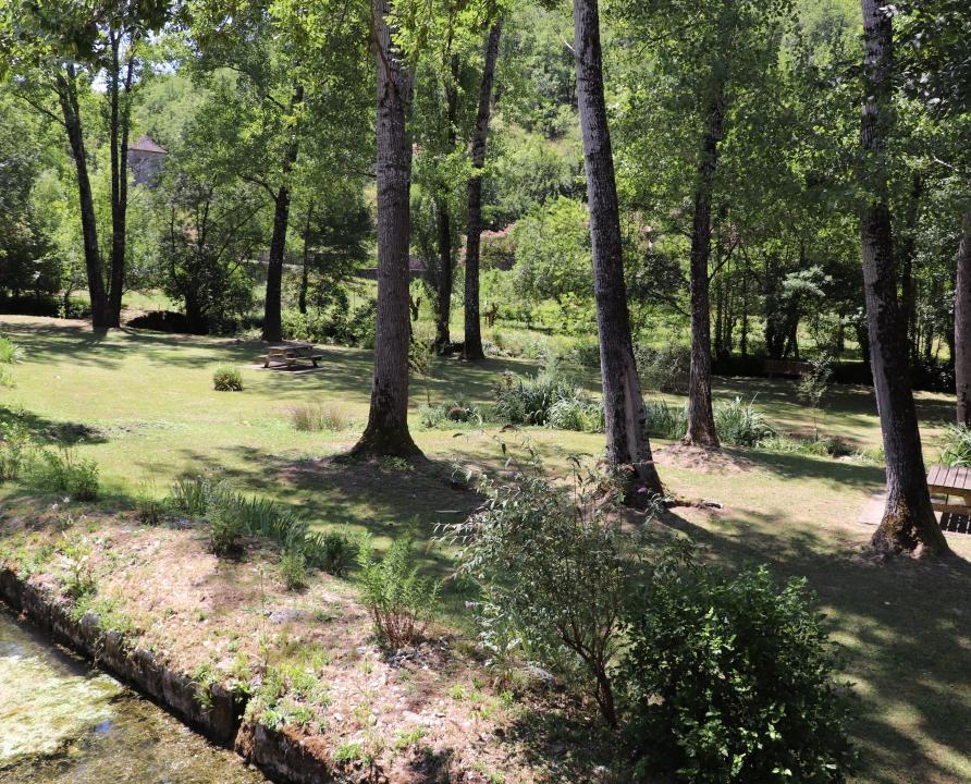 Parcs & Jardins - Saint-Vincent-Rive d'Olt - Le parc du bourg -
