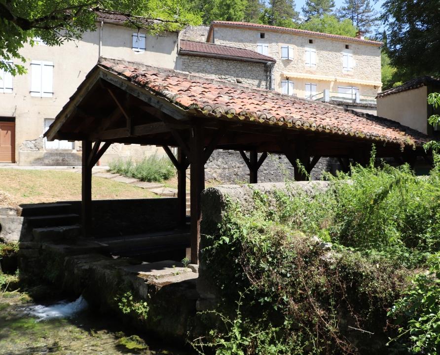 Lavoirs - Saint-Vincent-Rive d'Olt - Le lavoir du bourg -