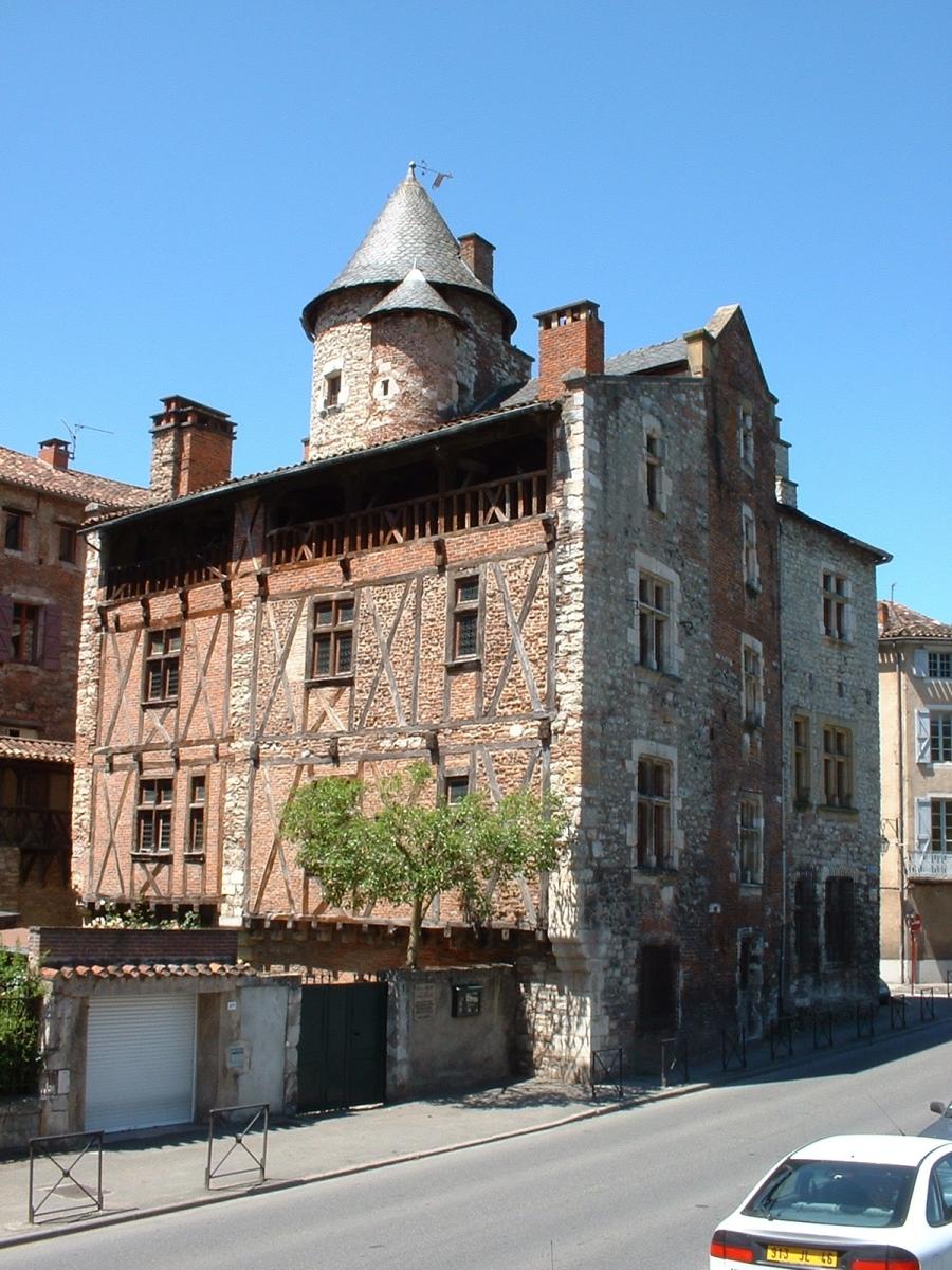 Hôtel de Roaldès à Cahors dans le Lot