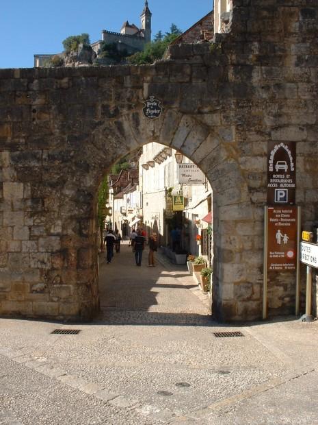 Rocamadour. Porte du Figuier - Vue Extérieure - Auteur : Yann LESELLIER
