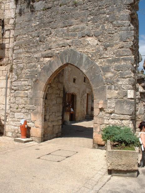 Rocamadour. Porte Hugon - Vue Extérieure - Auteur : Yann LESELLIER