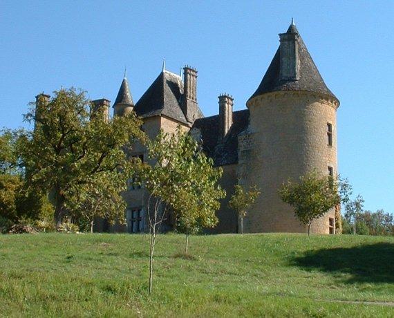 Le château de Montal à Saint-Jean-Lespinasse