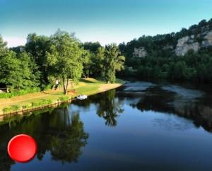 La baignade au camping de Saint-Cirq-Lapopie