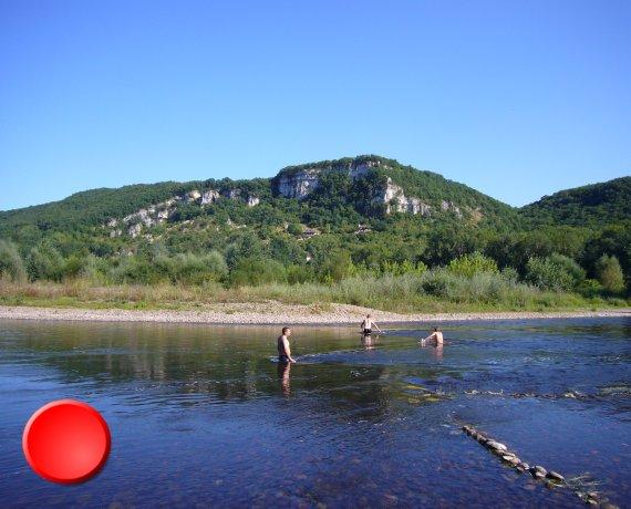 "Baignade au camping ""Les granges"" de Vayrac"