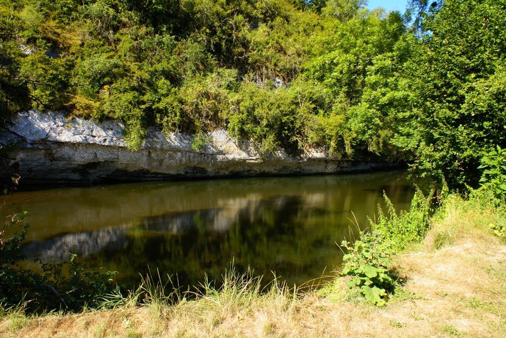 baignade au camping municipal de Cabrerets