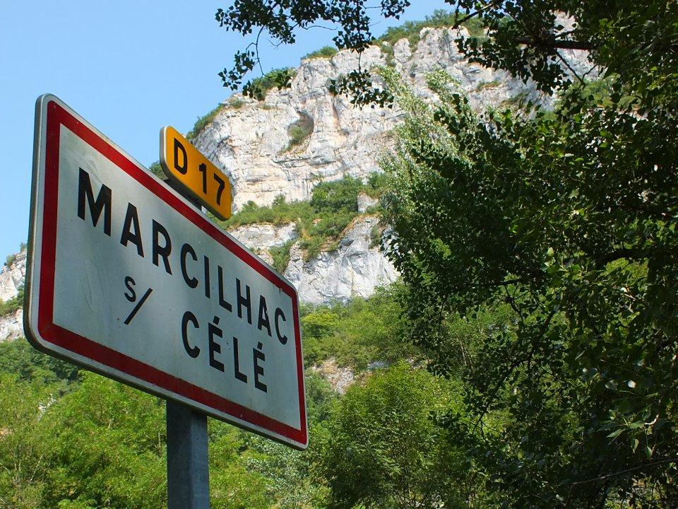 Panneau du village de Marcilhac-sur-Célé dans le Lot