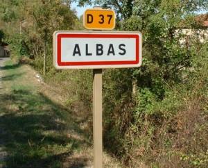 Panneau village Albas
