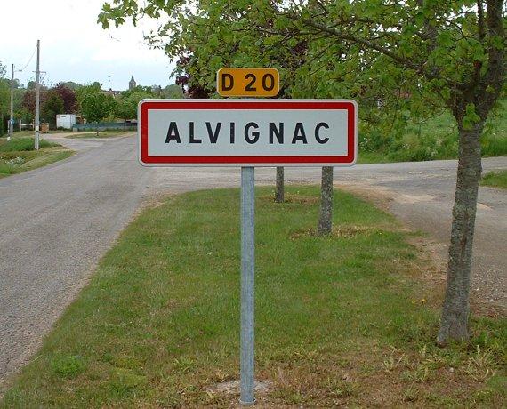 Panneau du village d'Alvignac