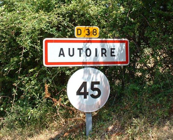 Panneau du village d'Autoire
