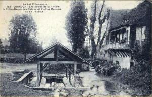 lavoir à Gourdon dans le Lot (Notre-Dame-des-Neiges) - Carte ancienne