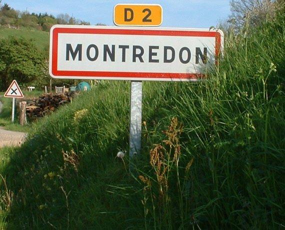 Panneau du village de Montredon
