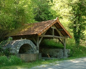 Lavoir à Saint-Martin-de-Vers dans le Lot