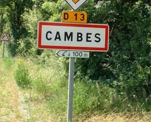 Panneau du village de Cambes dans le Lot