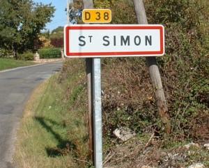 Panneau du village de Saint-Simon dans le Lot