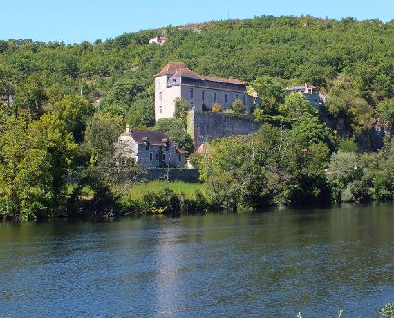 Château de Cadrieu à Cadrieu (bourg) dans le Lot