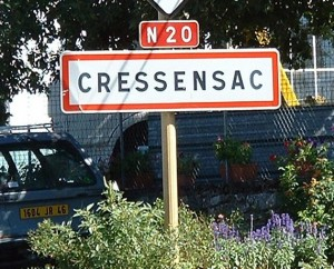 Panneau du village de Cressensac dans le Lot
